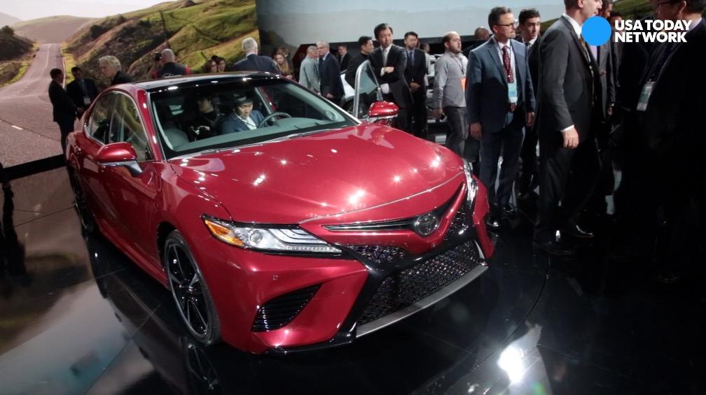 Toyota unveils 2017 Camry XSE