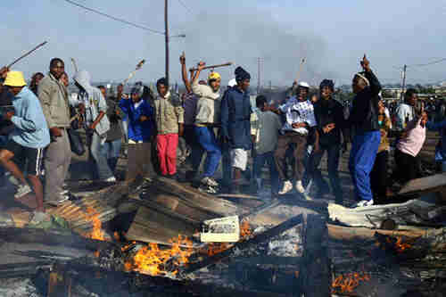 Xenophobic violence targeting migrant-owned business last week (GhanaWeb)