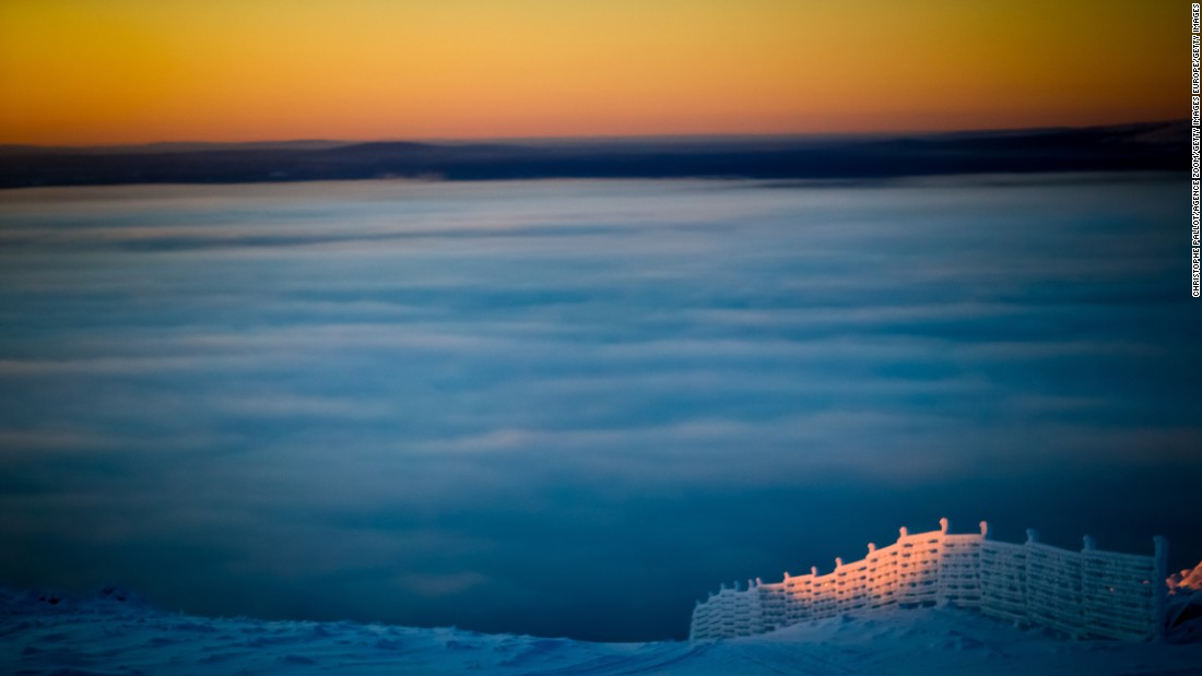 Low clouds produced a stunning skyline on the mountain top.