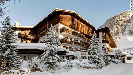 10 of the world's most beautiful ski lodges