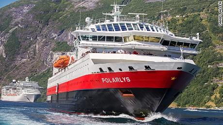 North by Northwest:  Norway's Hurtigruten line