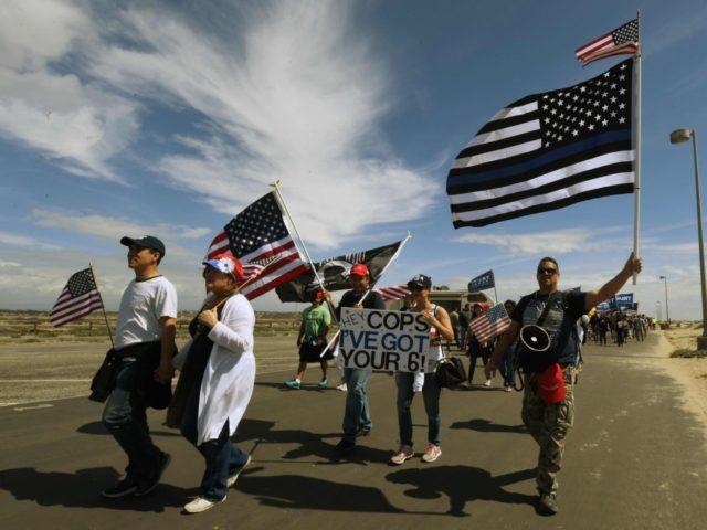 Huntington Beach (Mark Ralson / AFP / Getty)