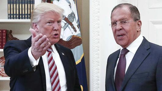 President Donald Trump (L) of the United States and Russia's Foreign Minister Sergei Lavrov meet for talks in the Oval Office at the White House, May 10, 2017.