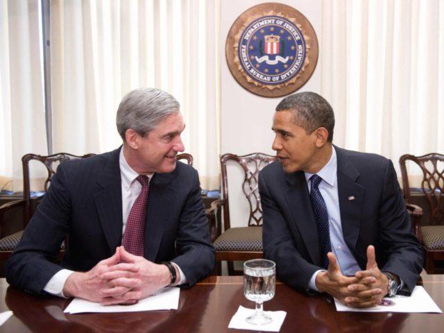 Robert Mueller and Barack Obama (Saul Loeb / AFP / Getty)