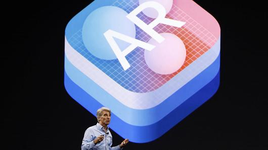 "Craig Federighi, Senior Vice President Software Engineering speaks about ""Augmented Reality"" during Apple's annual world wide developer conference (WWDC) in San Jose, California, U.S. June 5, 2017."