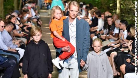 Balenciaga Menswear Spring-Summer 2018