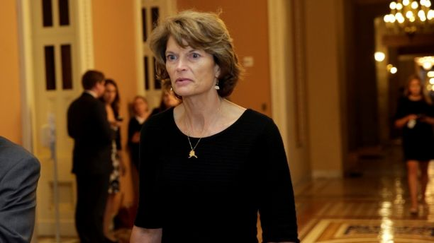 Senator Lisa Murkowski (R-AK) arrives for a Senate health care vote on Capitol Hill in Washington, U.S., July 27, 2017. REUTERS/Yuri Gripas - RC1350CE4CA0