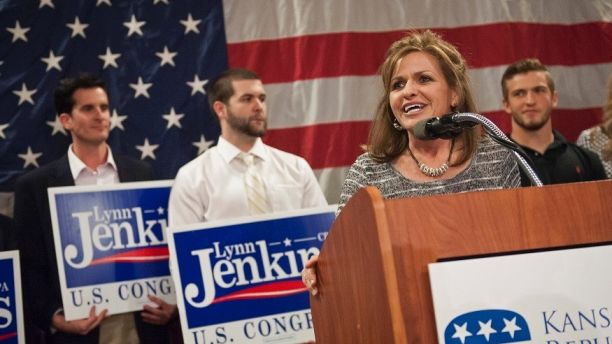 Republican Congresswoman Lynn Jenkins speaks to supporters after winning re-election in the U.S. midterm race in Kansas, in Topeka, November 4, 2014.  REUTERS/Mark Kauzlarich   (UNITED STATES - Tags: POLITICS ELECTIONS) - GM1EAB513AF01