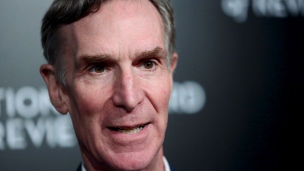 Bill Nye attends The National Board of Review Gala, held to honor the 2015 award winners, in the Manhattan borough of New York January 5, 2016.  REUTERS/Andrew Kelly - RTX216ZD