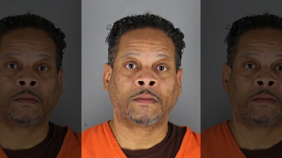 Jerry Lee Curry, a father from Minnesota, allegedly raped, starved and beat his twin daughters.