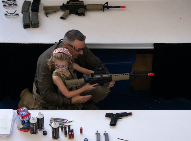 USA-GUNS/NRA-WOMEN