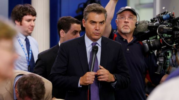 CNN White House correspondent Jim Acosta prepares to go on the air after the daily press briefing, during which he had a contentious exchanges with White House senior policy advisor Stephen Miller, at the White House in Washington, U.S. August 2, 2017.  REUTERS/Jonathan Ernst - RC1693D7B420