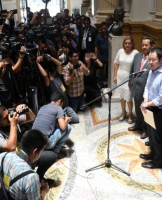 Fujimori Family Feud Deepens As Former Leader S Son Backs Peru Embattled President